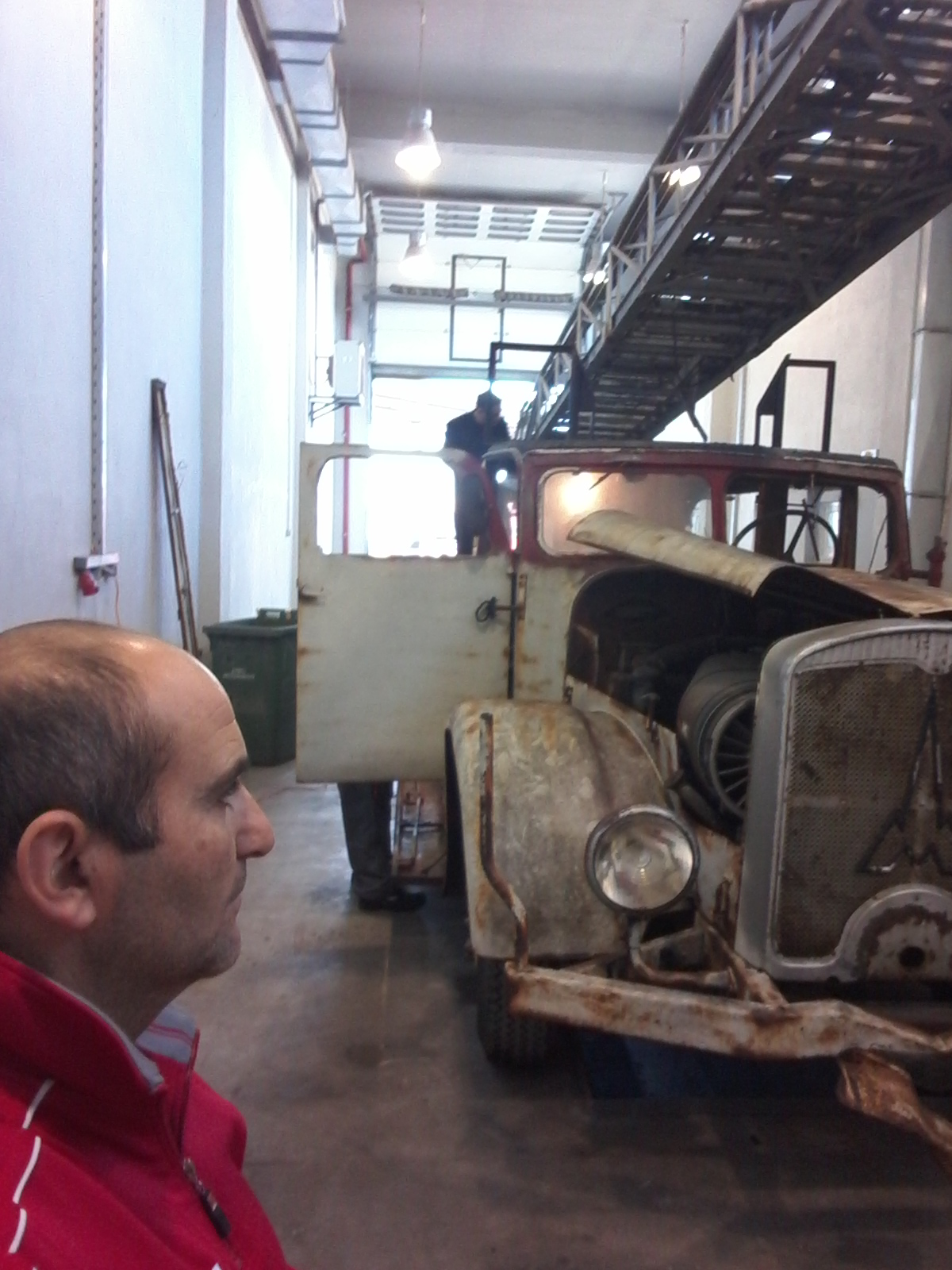 3 1 H συγκλονιστική ιστορία του ΠΣ57 που πήρε μπρος μετά από 80 χρόνια barn find, video, videos, zblog, βίντεο, Πυροσβεστικό Σώμα, ΦΩΤΟ, φωτογραφίες
