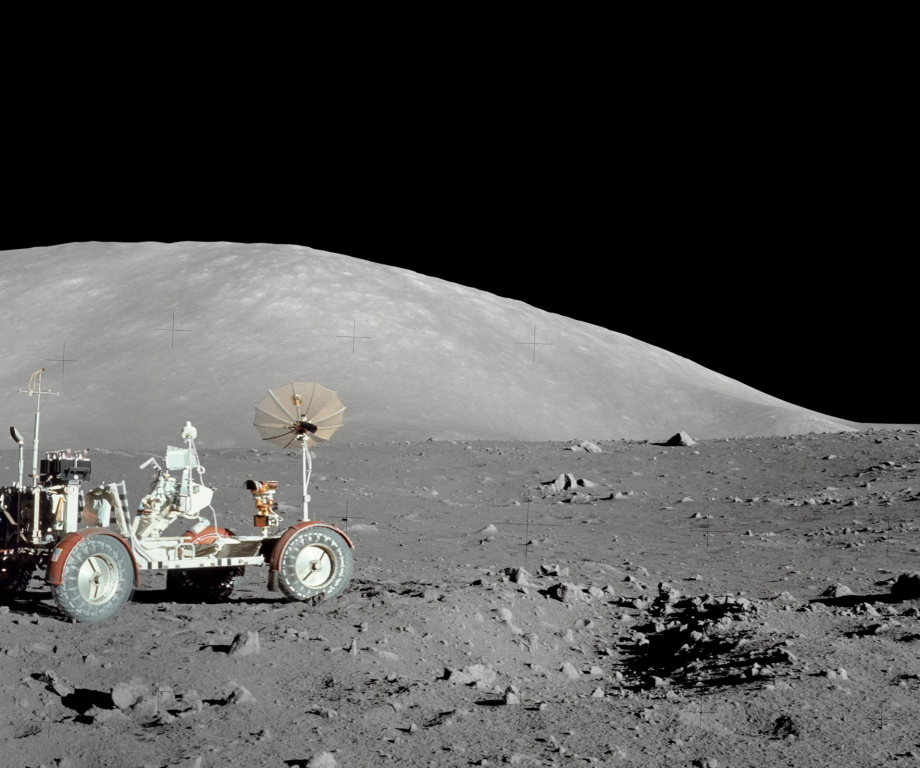 lunar rover Τα 7 πιο extreme offroad οχήματα στον πλανήτη! Audi RS6, Fun, Kamaz 4326 Dakar, Offroad, PEUGEOT 208 WRX, Red Bull, videos, zblog