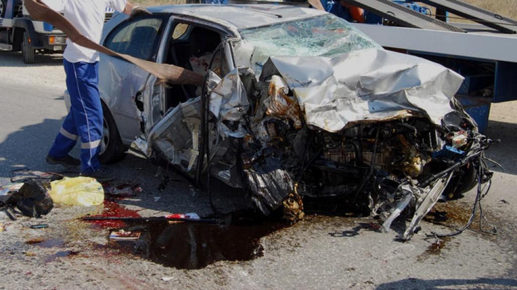troxaiovasiki 1 9.617 νεκροί από τροχαία είναι πολλοί; zblog, άρθρα, αστυνομία, Γιώργος Καραγιάννης, ΕΛΣΤΑΤ, νεκροί, οδηγοί, τροχαία