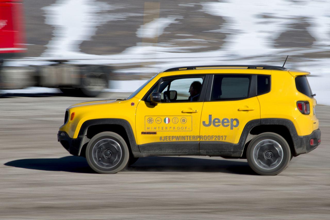 170224 Jeep Xmasters Roccaraso 04 Jeep Renegade και Jeep Wrangler : Τα αγαπημένα SUV και 4X4 των Γερμανών Awards, Jeep, Jeep Renegade, Jeep Wrangler, Offroad