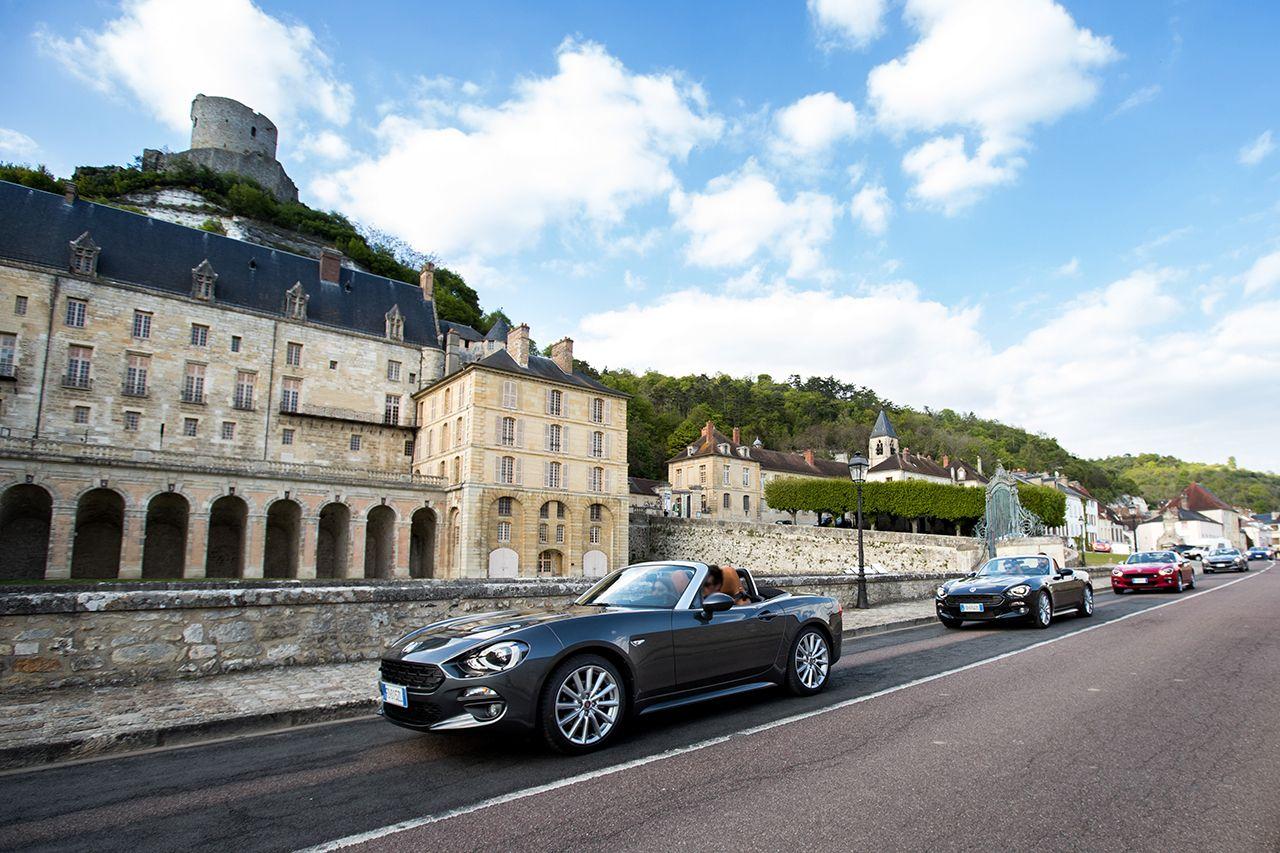 170424 Fiat 124 Spider sweeps France 01 2 Ταξιδεύοντας με Fiat 124 Spider στις ομορφιές της Ευρώπης Fiat, fiat 124 spider, Fun, Roadtrip, zblog, Ταξίδι