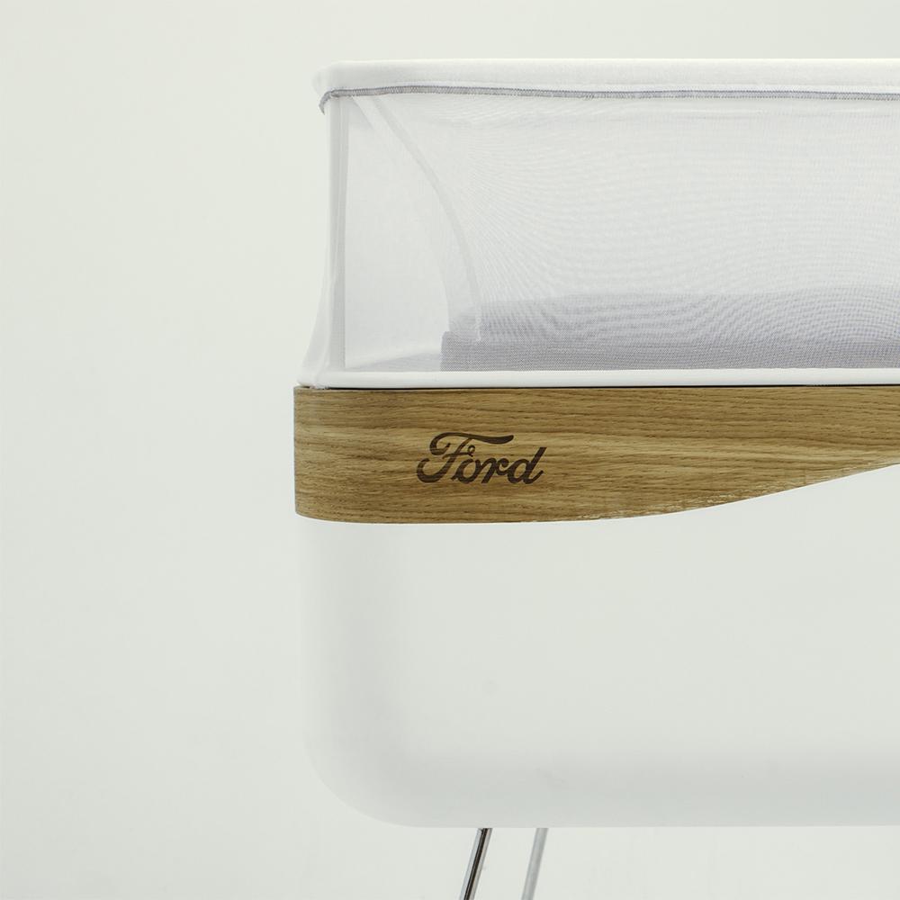 Ford MotoDreams H έξυπνη κούνια που κοιμίζει τα μωρά! baby, baby in a car, Ford, Fun, woman, Τεχνολογία