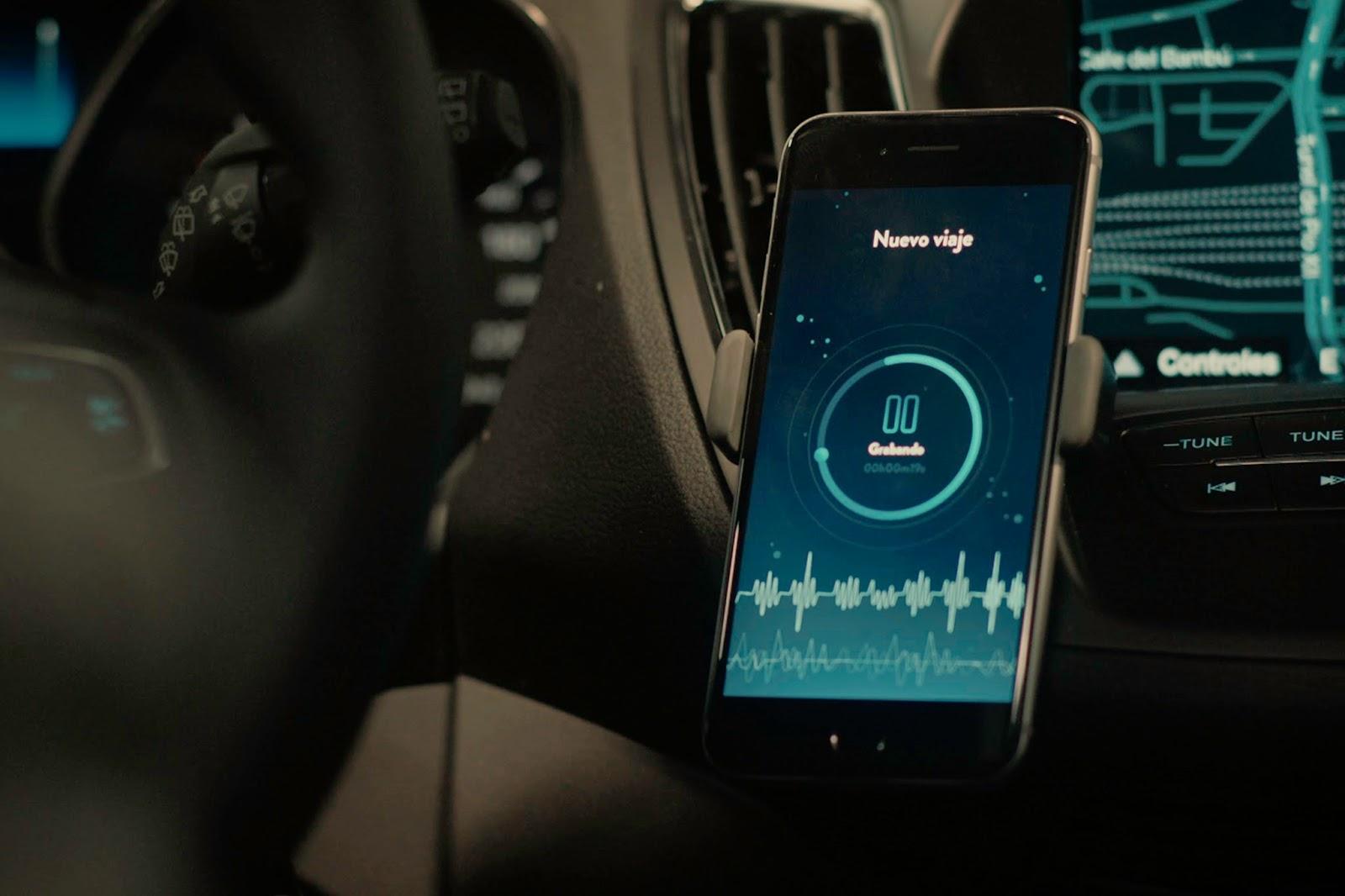 Ford MotoDreams 13 H έξυπνη κούνια που κοιμίζει τα μωρά! baby, baby in a car, Ford, Fun, woman, Τεχνολογία