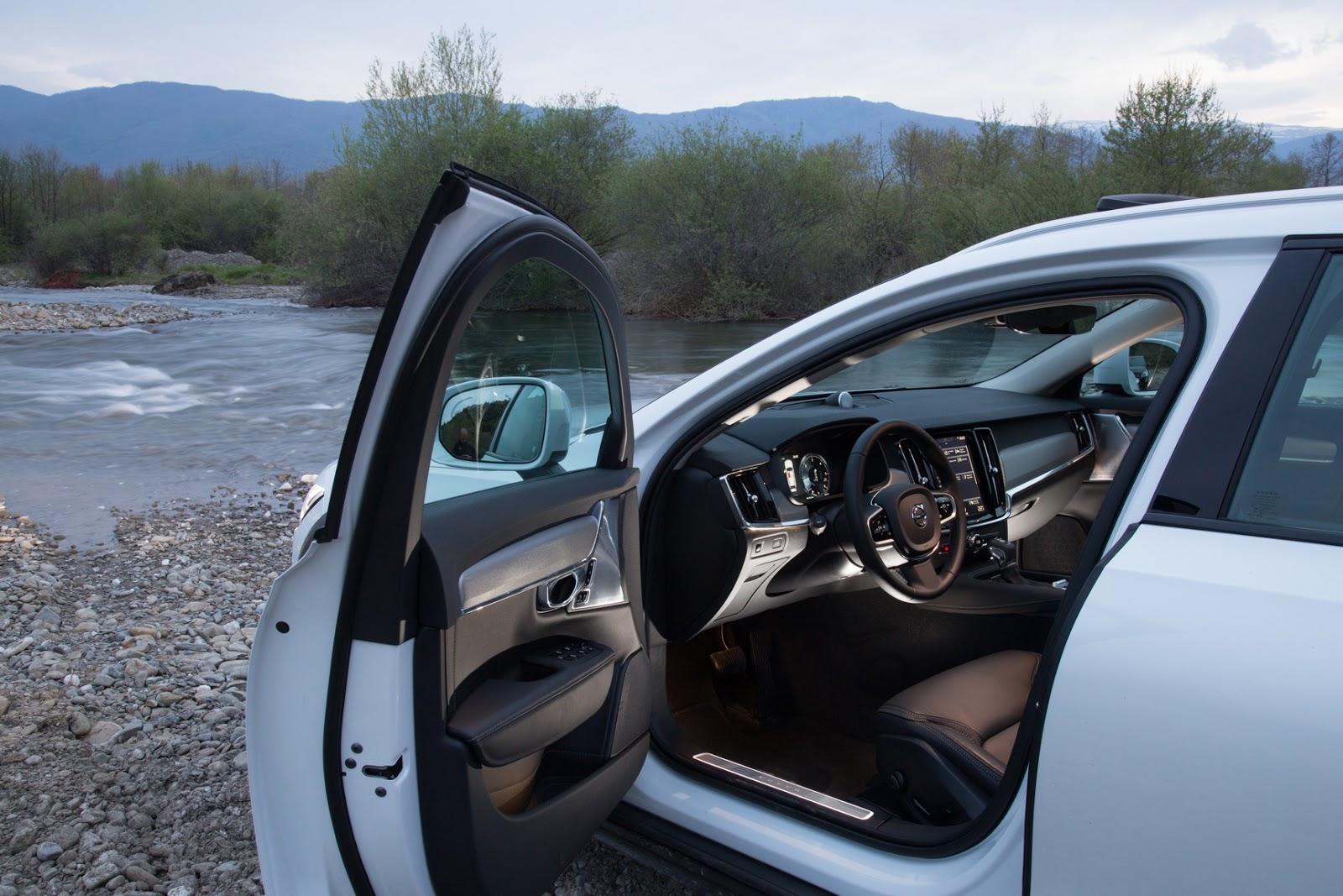V902BCROSS2BCOUNTRY2B39 1 Το Volvo V90 Cross Country απευθύνεται σε ανήσυχους εξερευνητές της περιπέτειας! Crossover, Volvo, Volvo Car Hellas, Volvo Cars, Volvo V70 XC, Volvo V90 Cross Country, Volvo XC70