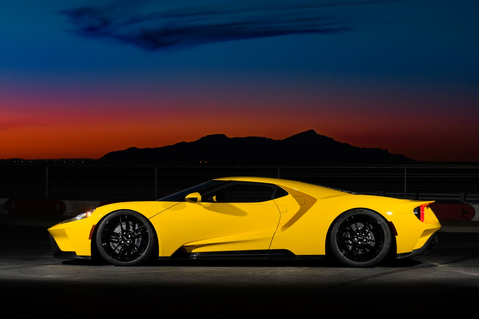 All NewFordGT Innovations 17 Ford GT : Το αυτοκίνητο του αύριο... σήμερα Ford, Ford GT, Ford GT 40, Future, supercars, τεχνικά, Τεχνολογία