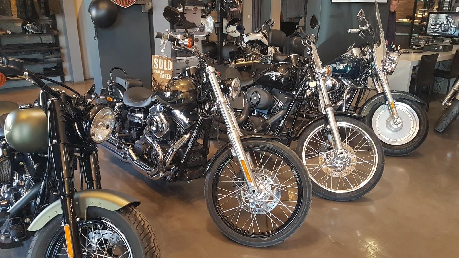 HAD1 Γιατί η Ρόδος γέμισε Harley Davidson; Harley-Davidson