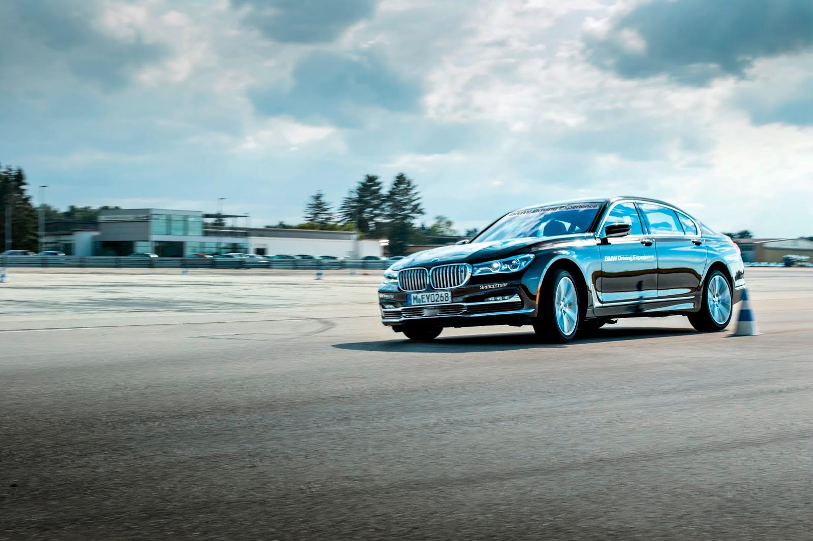 P90254176 highRes bmw mini driving ex 1 Γίνε καλύτερος οδηγός κάτω από όλες τις συνθήκες, με Bmw και Mini BMW, BMW i, BMW M, Driver, Driving Skills, Safety, οδήγηση, οδηγοί