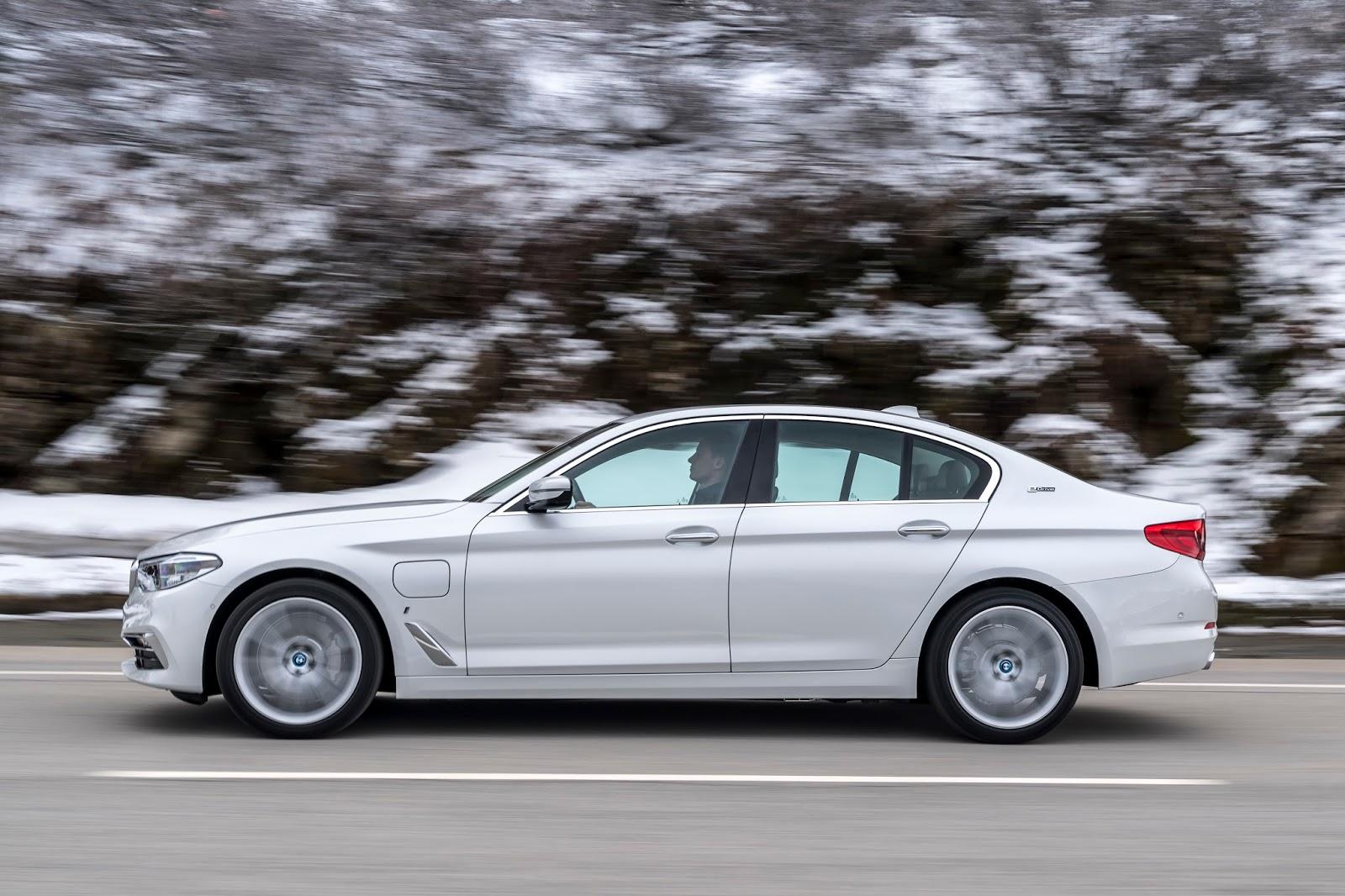 P90256341 highRes the new bmw 530e ipe Η BMW 530e iPerformance φέρνει την ηλεκτρική επανάσταση BMW, BMW 5, BMW 530e iPerformance, Electric cars, Hybrid, Λανσάρισμα