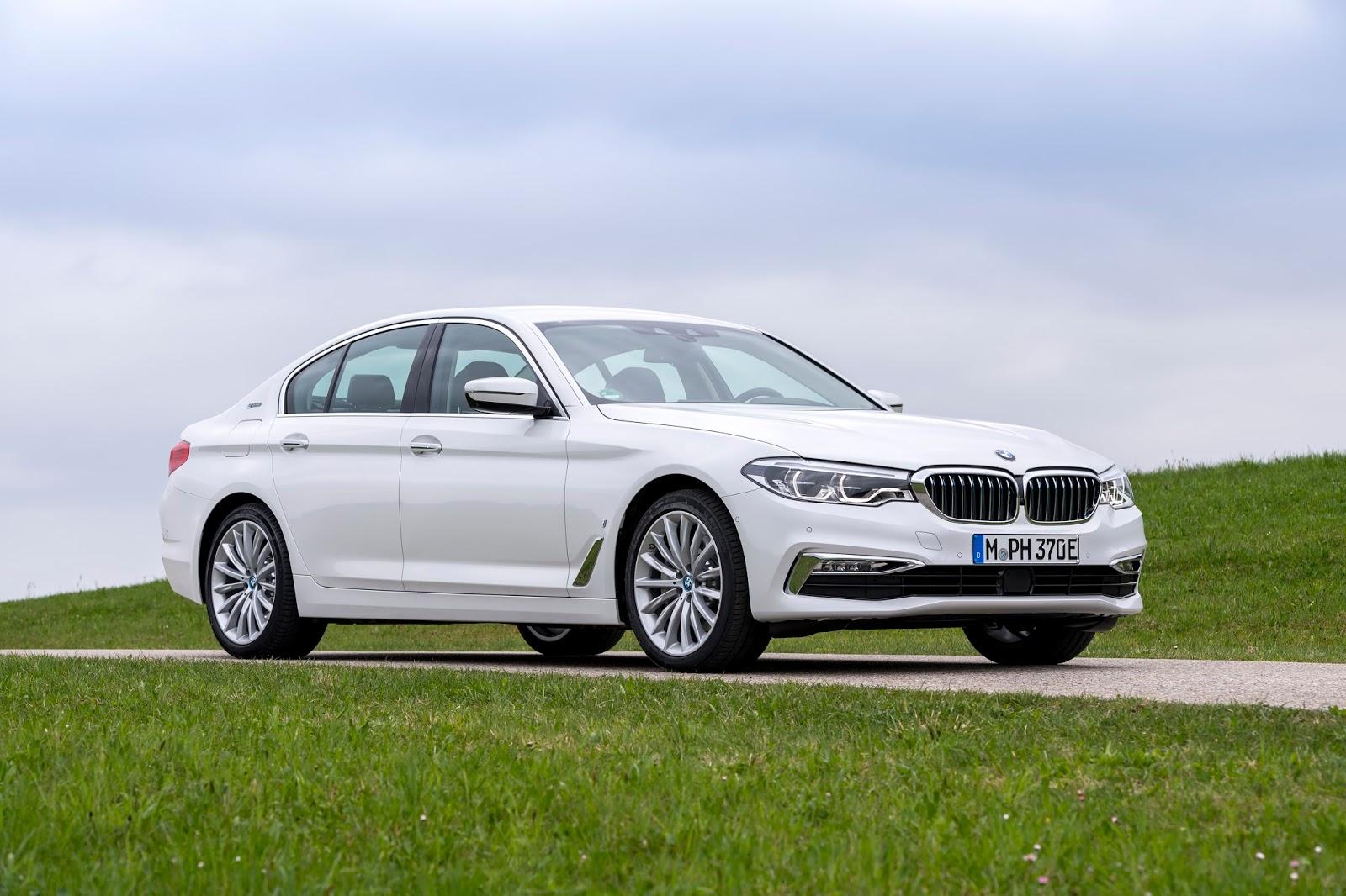 P90256367 highRes the new bmw 530e ipe Η BMW 530e iPerformance φέρνει την ηλεκτρική επανάσταση BMW, BMW 5, BMW 530e iPerformance, Electric cars, Hybrid, Λανσάρισμα