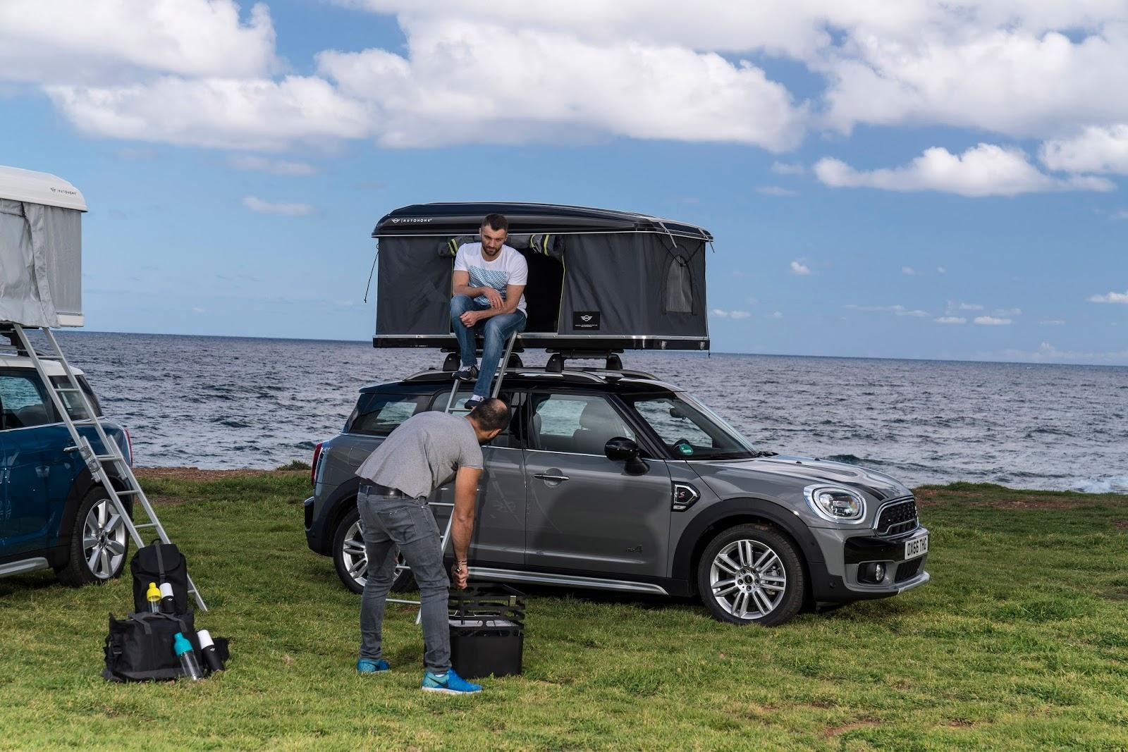 P90258004 highRes the autohome roof te Το MINI Countryman έχει και... σκηνή οροφής Mini, MINI Cooper Countryman, SUV
