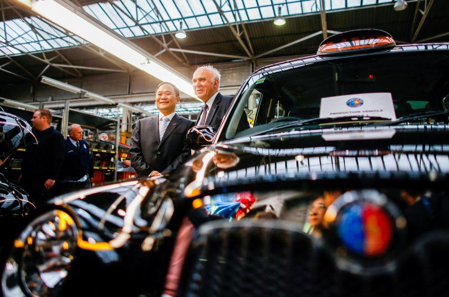 london taxi company Γνώρισε το νέο, καταπληκτικό, αφεντικό της Lotus Lotus, Volvo, zblog, αυτοκίνητα, καινούρια, μεταχειρισμένα