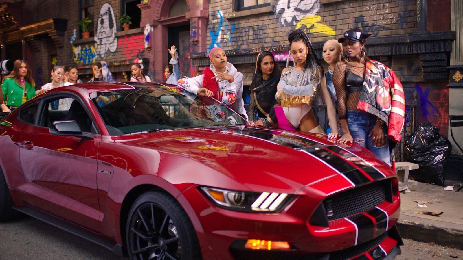 LittleMix Mustang Η Ford Mustang τα σπάει μαζί με τις Little Mix Ford, Ford Mustang, Fun, Little Mix, videos