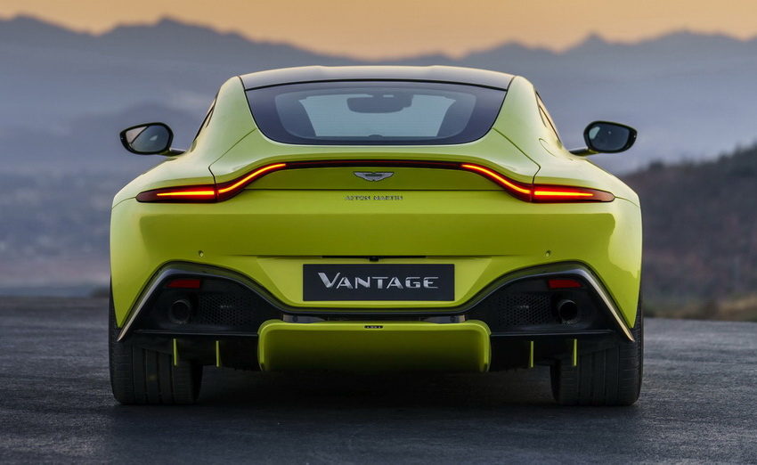 a1 Η Aston Martin λέει ότι η Vantage είναι... κυνηγός 911