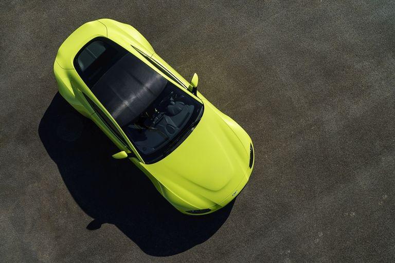 a3 Η Aston Martin λέει ότι η Vantage είναι... κυνηγός 911 Aston Martin, supercars, zblog, αυτοκίνητα, καινούργιο, καινούρια, καινούριο