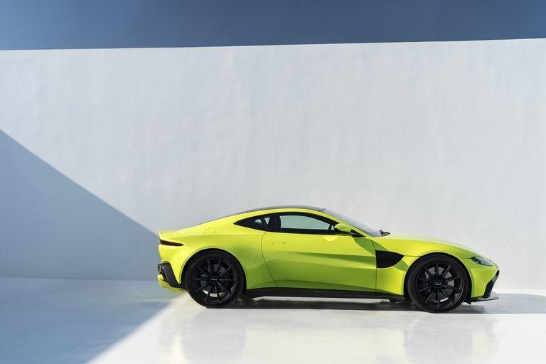 a4 Η Aston Martin λέει ότι η Vantage είναι... κυνηγός 911 Aston Martin, supercars, zblog, αυτοκίνητα, καινούργιο, καινούρια, καινούριο