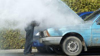 car breakdown heat 30.239 ΙΧ το μήνα χρειάζονται οδική βοήθεια! zblog, αυτοκίνητο