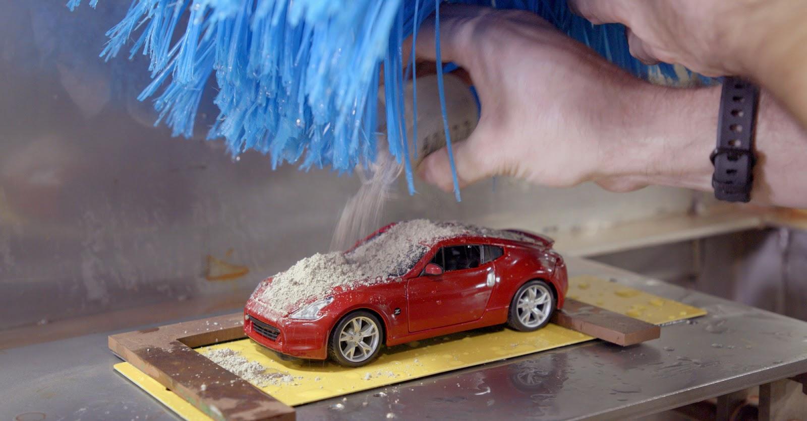 Nissan Car Wash Photo 1 Πώς δοκιμάζει την αντοχή των χρωμάτων της η Nissan Nissan, Nissan 370Z, video, videos, βίντεο, Τεχνολογία