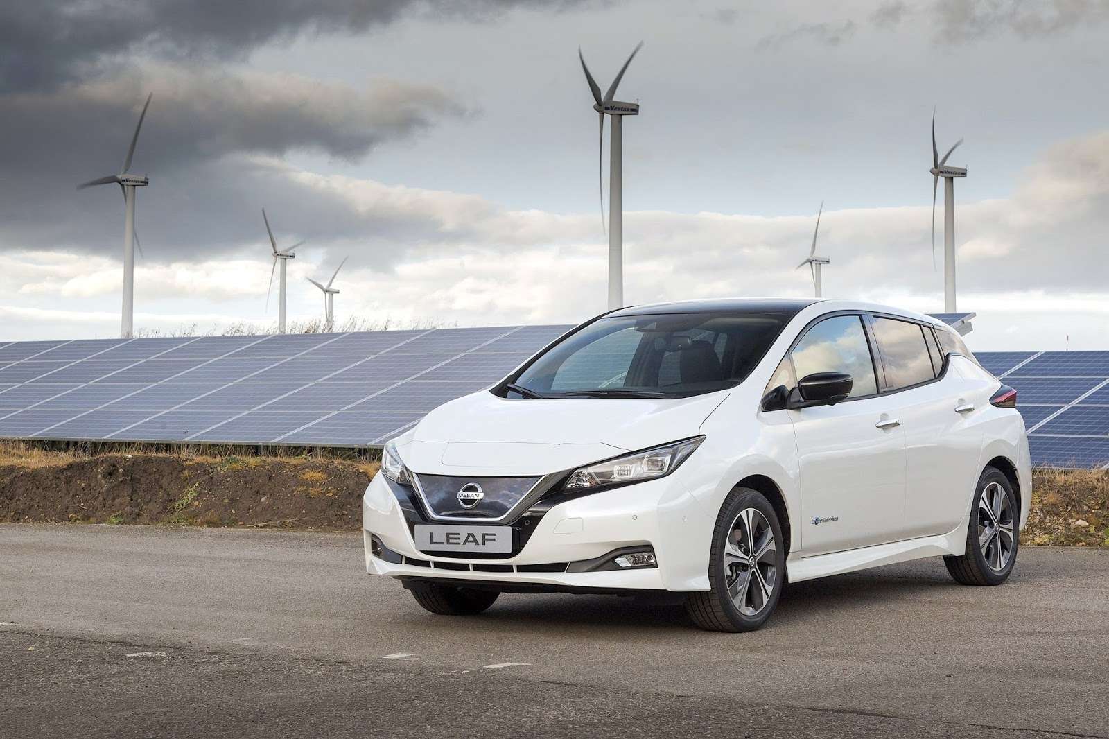 Nissan2BLEAF2BEurope source 10,6 εκατ. οχήματα πούλησαν οι Renault-Nissan-Mitsubishi to 2017