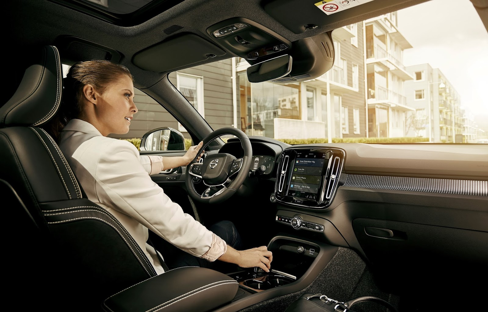 228668 Volvo Cars to embed Google Assistant Google Play Store and Google Maps in