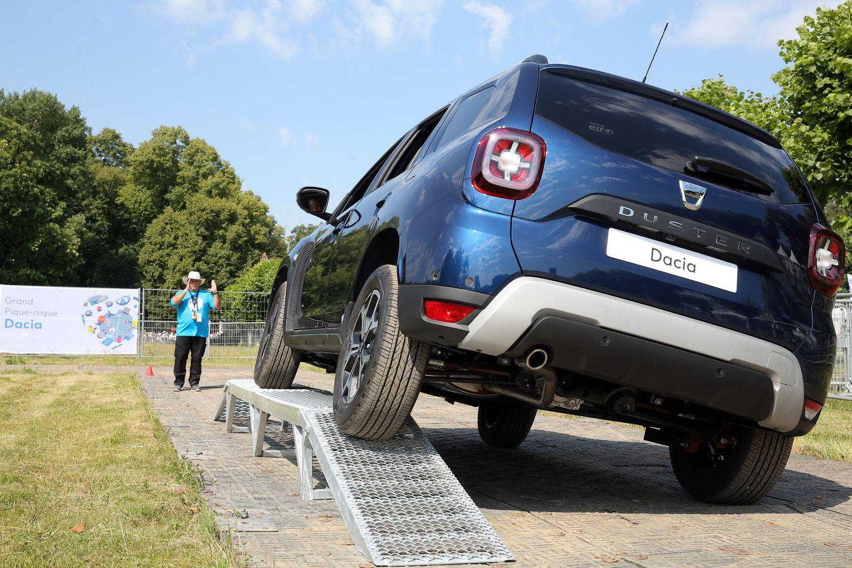 Dacia s 2018 grand picnic 2low2B252812529 Πικ νικ με... Dacia στη Γαλλία Dacia, Dacia Duster