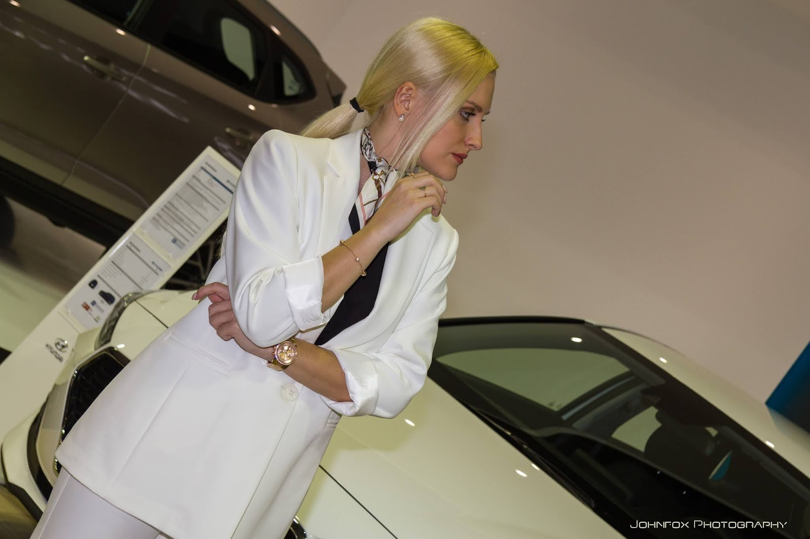 models2B2528182Bof2B232529 Τα κορίτσια της Αυτοκίνησης! Έκθεση, μοντέλα, ΦΩΤΟ, φωτογραφίες