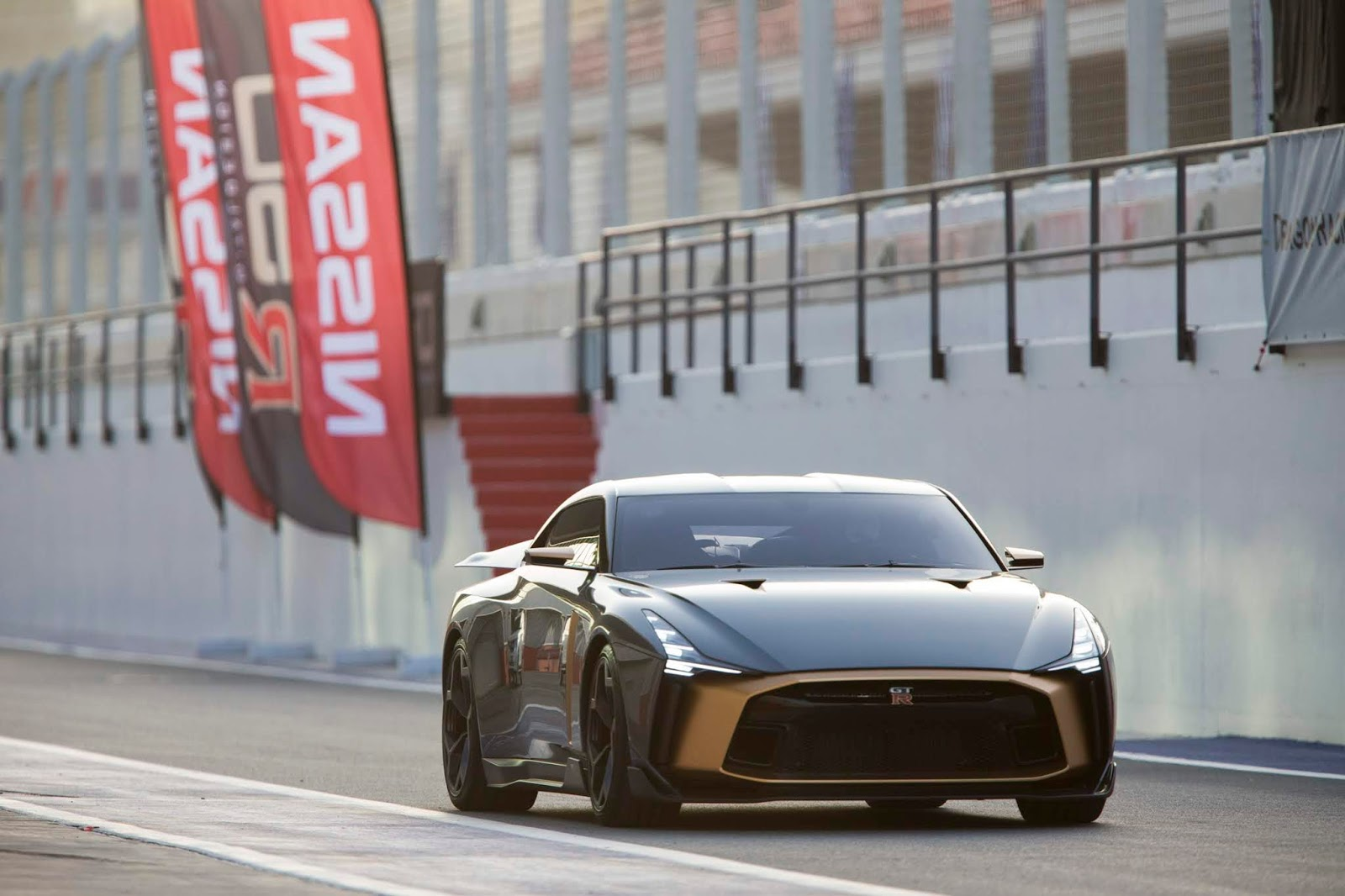Nissan2BGT R502Bby2BItaldesign2BMiddle2BEast To Nissan GT-R50 πάει... Ντουμπάι
