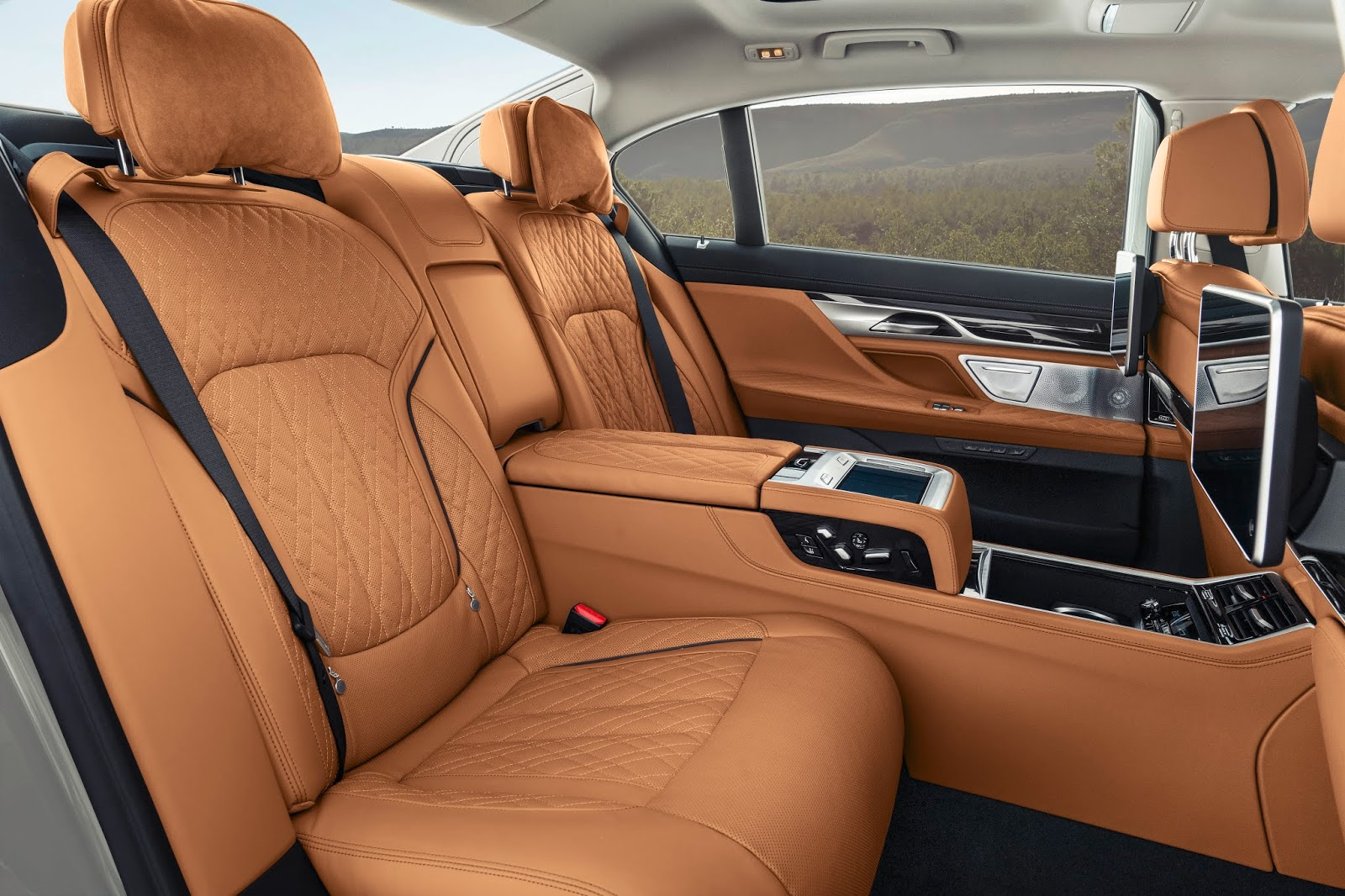 P90333075 highRes the new bmw 7 series Τα αστέρια της BMW για τη 89η Διεθνή Έκθεση Αυτοκινήτου της Γενεύης BMW, BMW 7-series, Electric cars, Hybrid, Έκθεση, Έκθεση Γενεύης