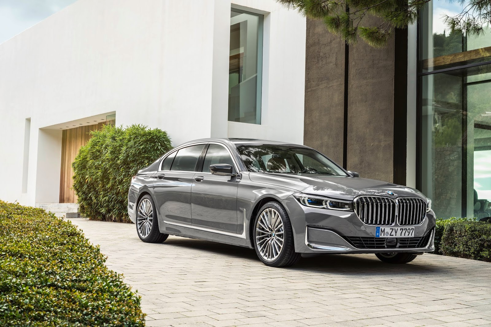 P90333086 highRes the new bmw 7 series Τα αστέρια της BMW για τη 89η Διεθνή Έκθεση Αυτοκινήτου της Γενεύης BMW, BMW 7-series, Electric cars, Hybrid, Έκθεση, Έκθεση Γενεύης