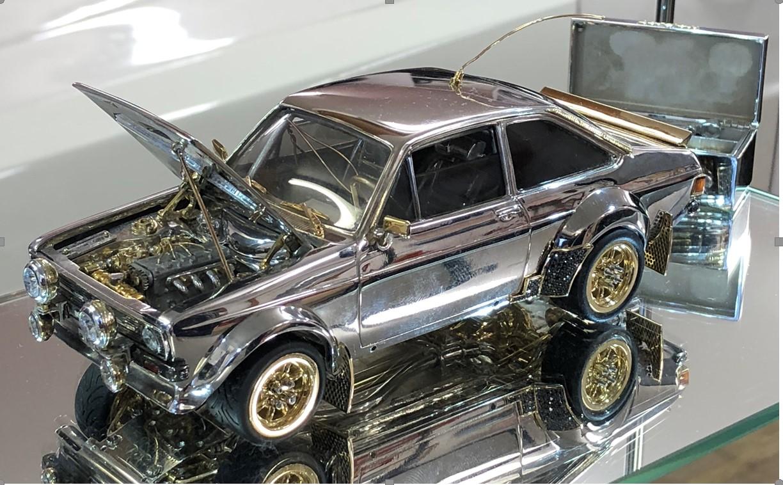 JewelledEscort 01 Ένα Ford Escort Mk2 κατασκευασμένο από χρυσό, διαμάντια και ασήμι! Ari Vatanen, Classic, Ford, Ford Escort, Ford Eskort mk2, video, videos, δημοπρασία