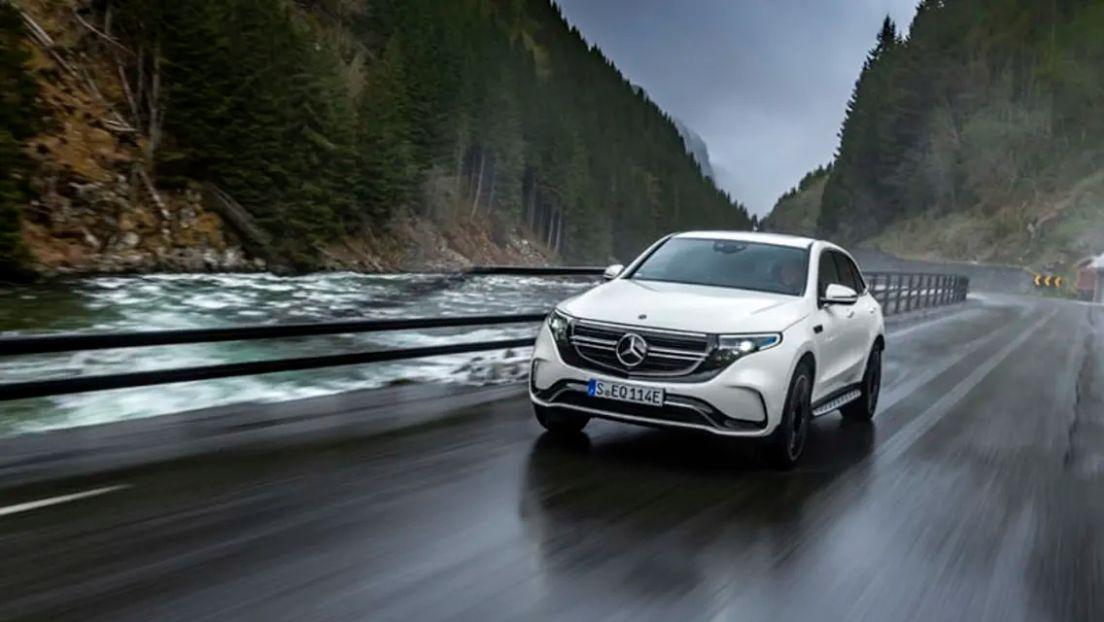 e1 Από 79.360 ευρώ η τιμή της Mercedes-Benz EQC στην Ελλάδα