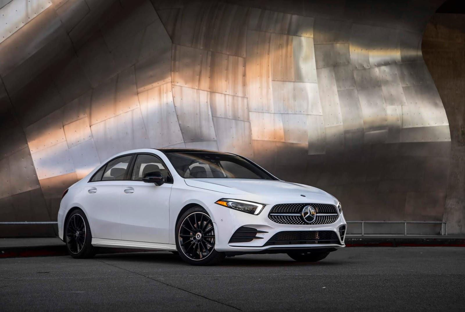 18C0775 019 Από 28.230 ευρώ η τιμή της Mercedes A-Class Sedan Luxury sedan, Mercedes, Mercedes AMG, premium sedan, sedan, zblog, καινούργιο, καινούρια, τιμες