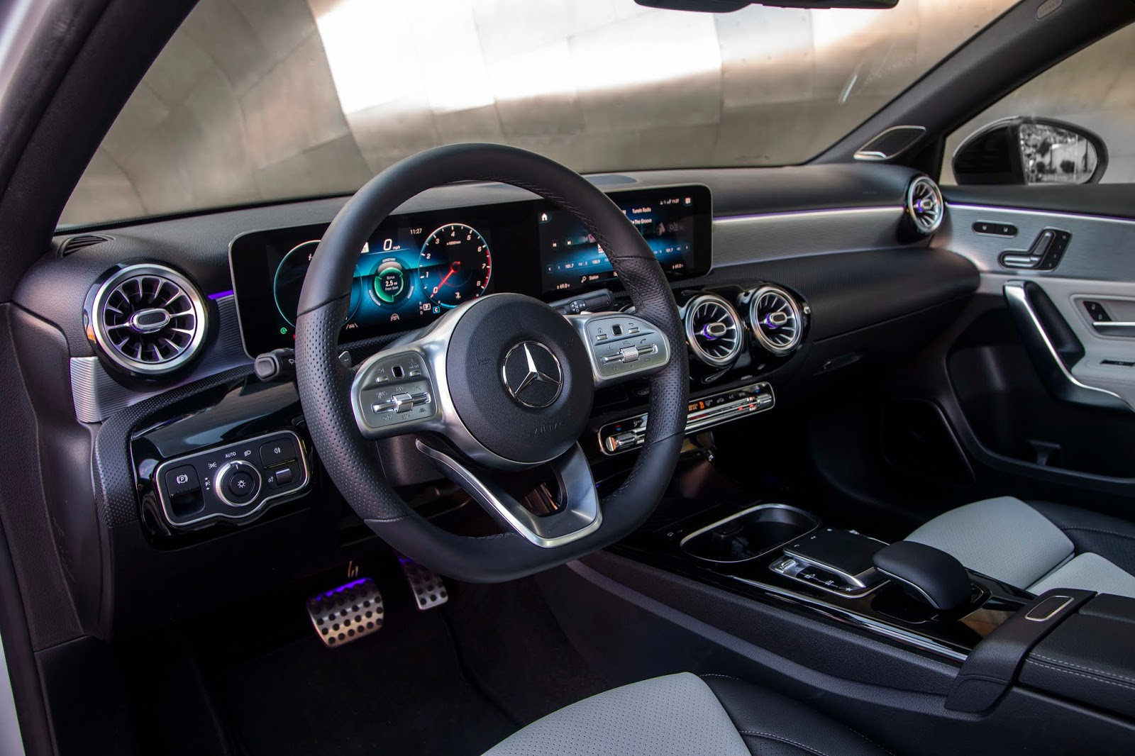 18C0775 029 Από 28.230 ευρώ η τιμή της Mercedes A-Class Sedan Luxury sedan, Mercedes, Mercedes AMG, premium sedan, sedan, zblog, καινούργιο, καινούρια, τιμες