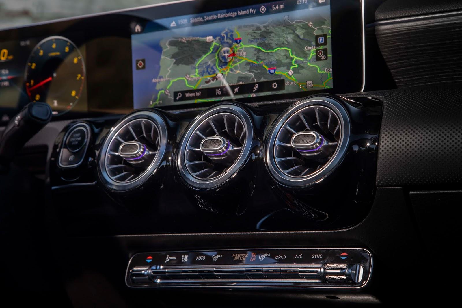 18C0776 020 Από 28.230 ευρώ η τιμή της Mercedes A-Class Sedan Luxury sedan, Mercedes, Mercedes AMG, premium sedan, sedan, zblog, καινούργιο, καινούρια, τιμες