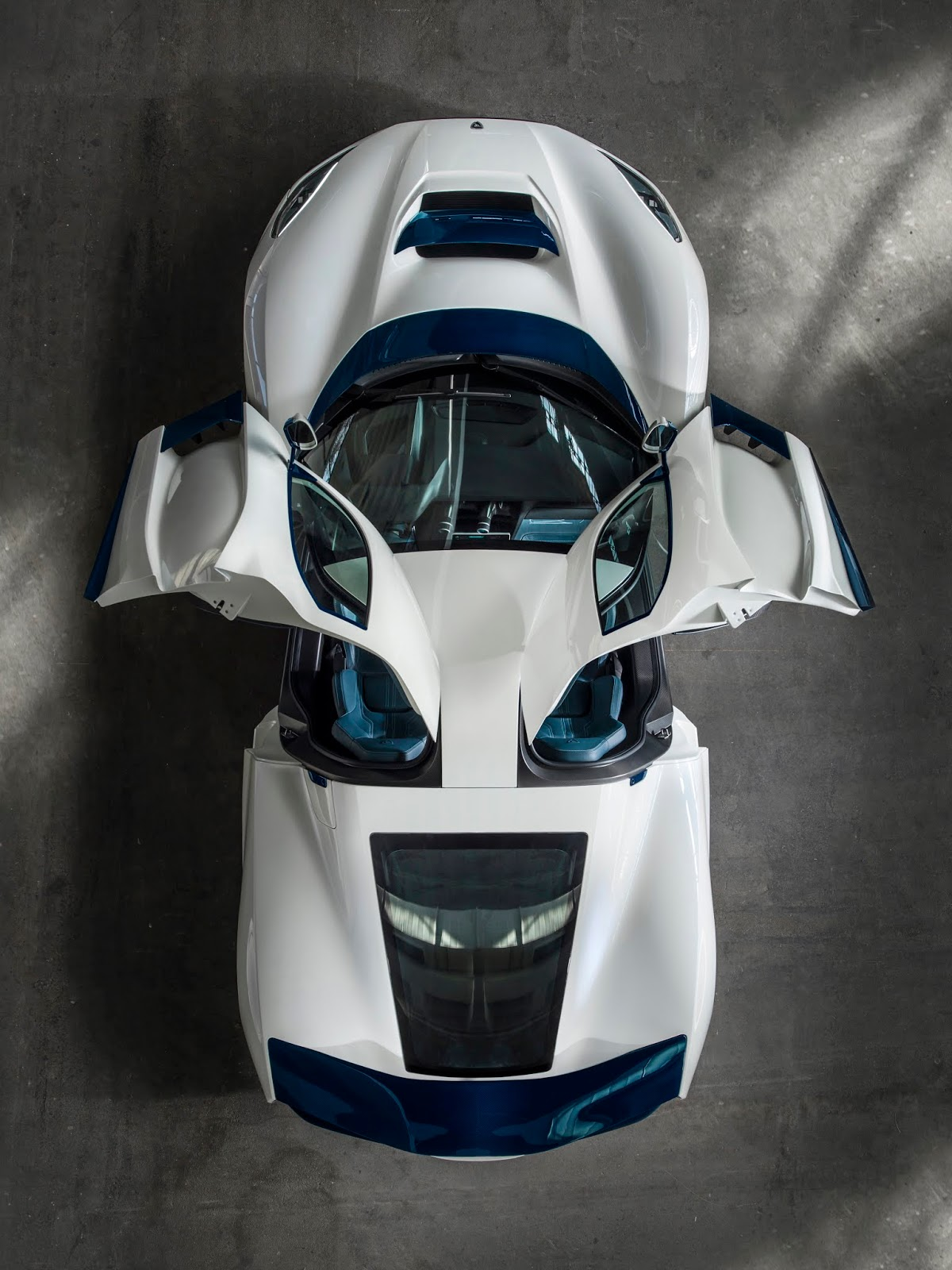 C TWO Top Down Doors up Rimac C Two. Η νέα φυλή στα hypercars, έρχεται με 1900 ίππους. C Two, Electric cars, hypercar, Rimac, zblog