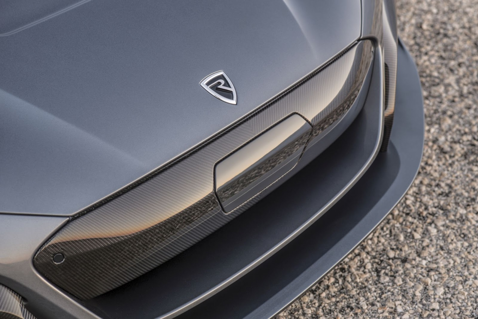 c two front grille detail Rimac C Two. Η νέα φυλή στα hypercars, έρχεται με 1900 ίππους. C Two, Electric cars, hypercar, Rimac, zblog