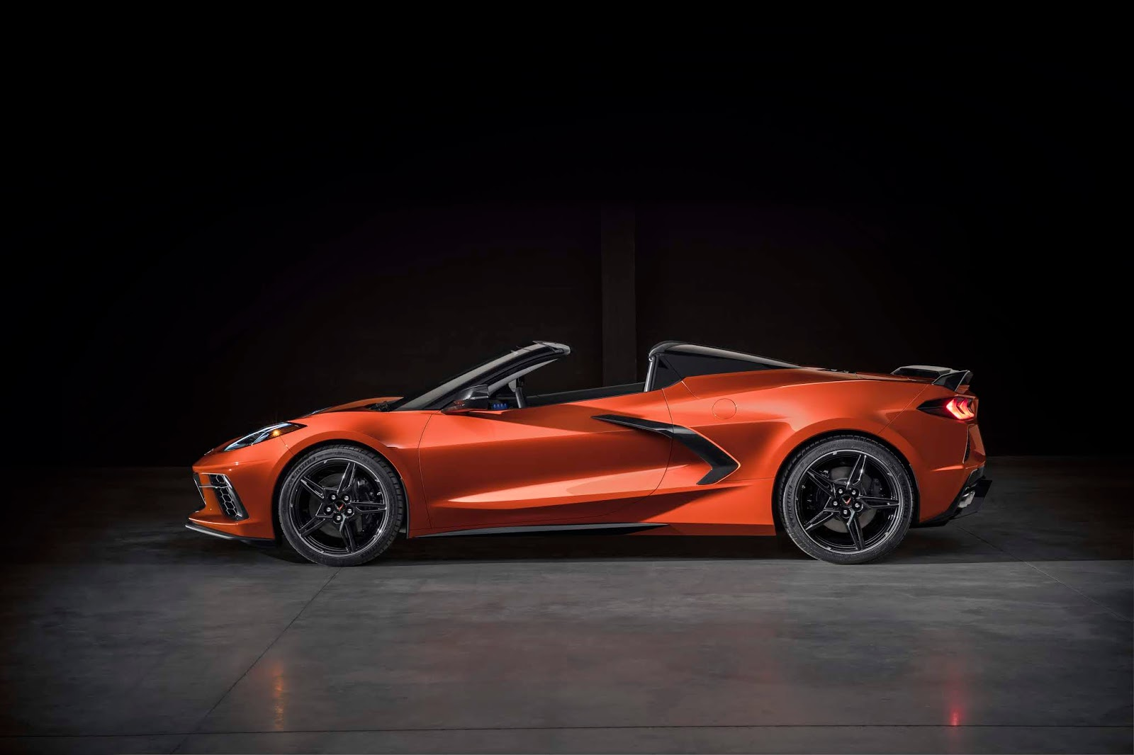 2020 Chevrolet Corvette Stingray Convertible 009 Γιατί η C8 Convertible είναι η καλύτερη Corvette ever C8, Chevrolet, Chevrolet Corvette, Corvette, zblog, ειδήσεις, καινούργιο, καινούρια, καινούριο