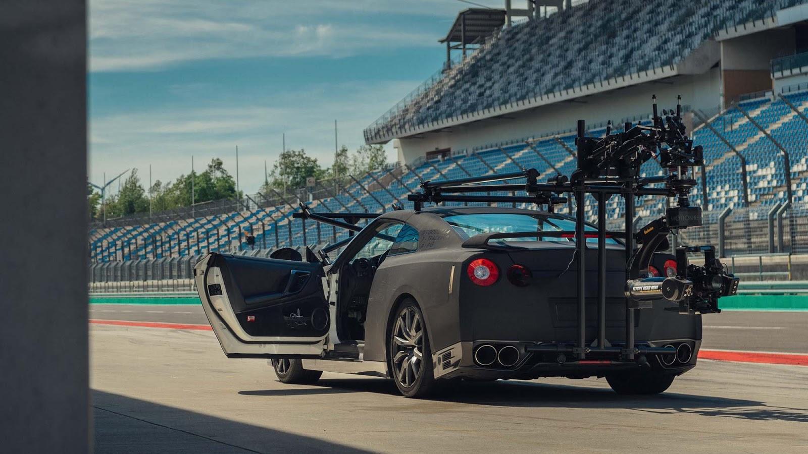 GT R NISMO Berlin Test Drive 1 Πώς μπορείς να κινηματογραφήσεις τον Godzilla Godzilla, GTR, Nismo, Nismo GT-R, Nissan, Nissan GT-R NISMO, video, videos, zblog, ΦΩΤΟ, φωτογραφίες