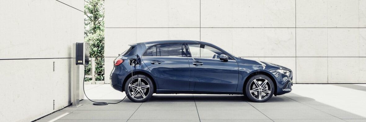 A250e Από 43.600 ευρώ η τιμή της Mercedes Α250e hatchback στην Ελλάδα