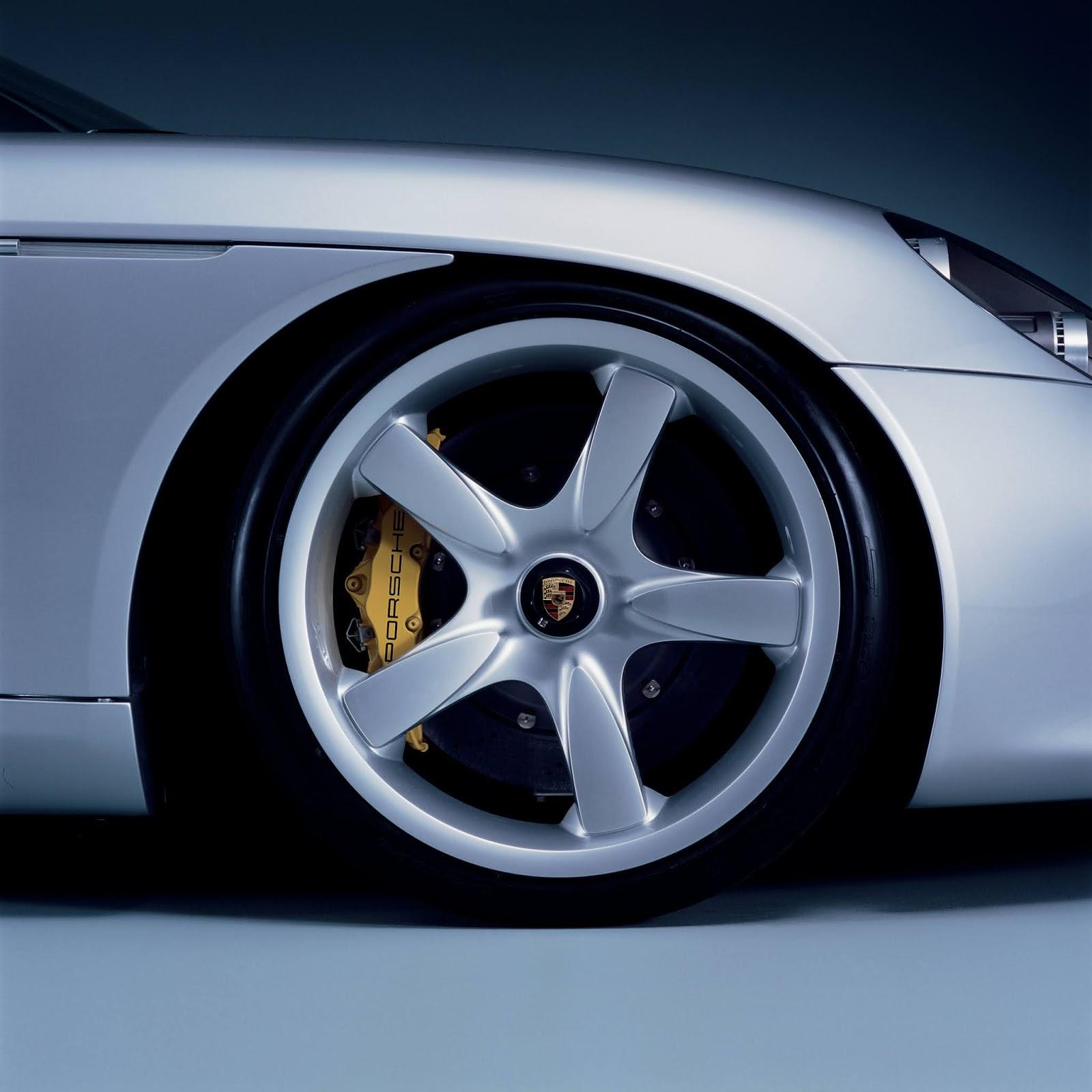 P01 0391 a4 Porsche Carrera GT : Ένα αγωνιστικό LeMans, για το δρόμο Carrera GT, Porsche, Porsche Carrera GT, retrocar, retrocar sunday, supercar, zblog