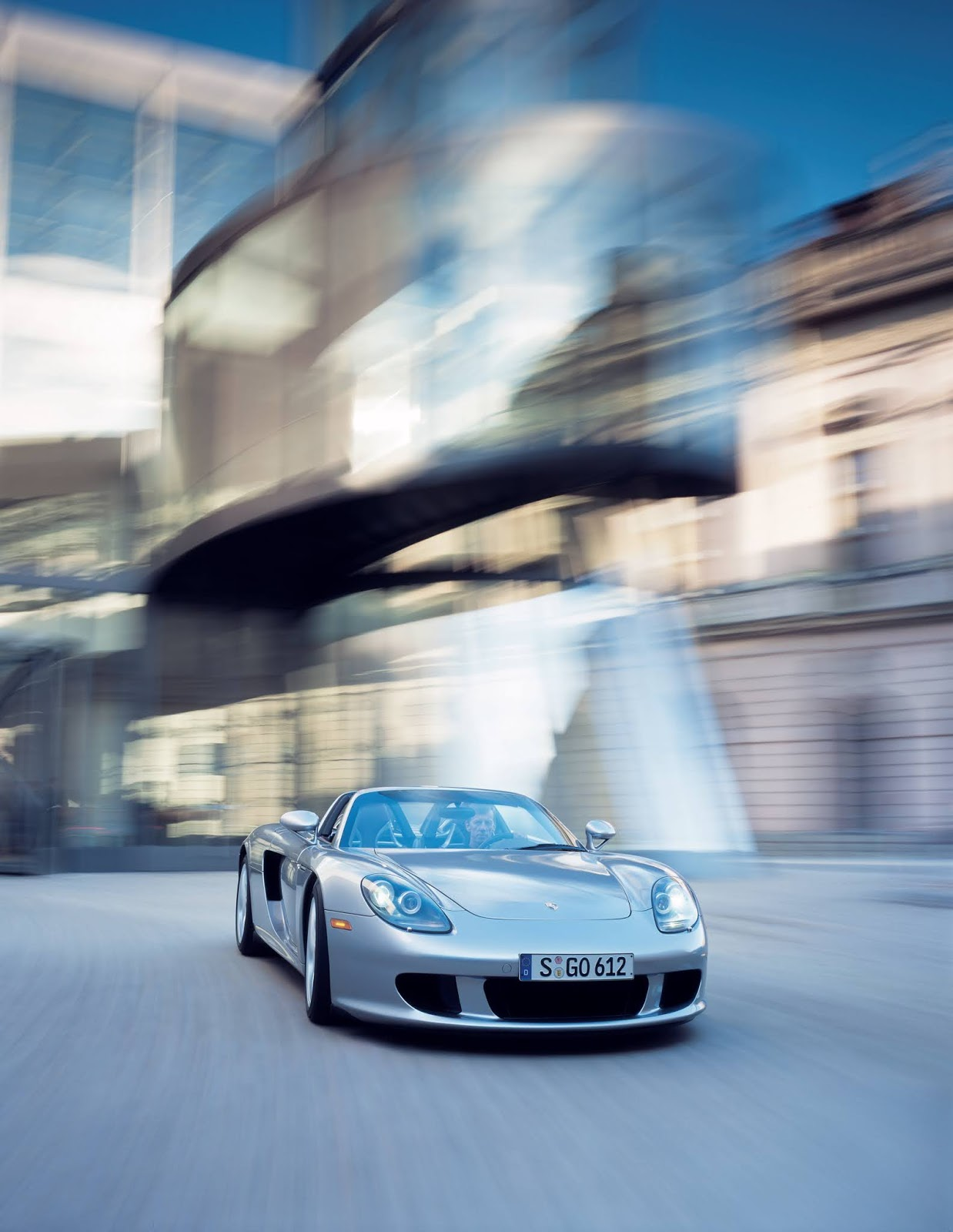 P03 1160 a4 Porsche Carrera GT : Ένα αγωνιστικό LeMans, για το δρόμο Carrera GT, Porsche, Porsche Carrera GT, retrocar, retrocar sunday, supercar, zblog