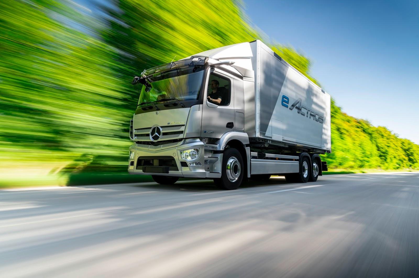 20C0706 08 Οι πρωτοπόροι της ηλεκτροκίνησης: το Mercedes-Benz eActros και το Mercedes-Benz GenH2 Truck κερδίζουν το βραβείο καινοτομίας «Truck Innovation Award 2021» electric trucks, EV, Mercedes, Mercedes Benz, ειδήσεις, Επαγγελματικά, Φορτηγά