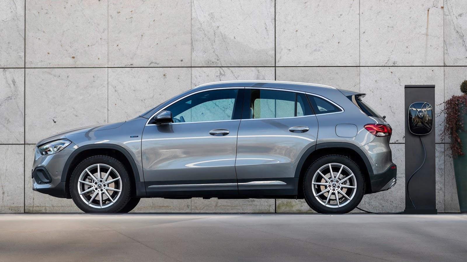 Mercedes2BGLA2B250e2B252822529 Τα νέα plug-in της Mercedes έχουν κατανάλωση από 0,9 lt/100 km ! Mercedes, Mercedes Benz, plug-in hybrid, zblog, ειδήσεις