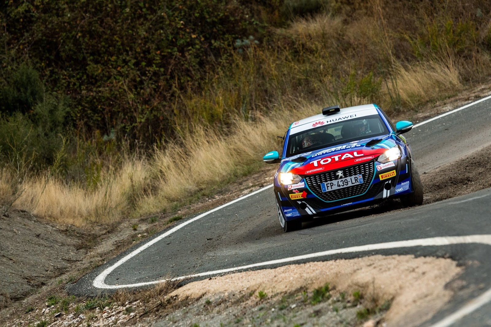peugeot 40 0 Peugeot Sport : Δυνατό ξεκίνημα για το 208 Rally 4 Peugeot, Peugeot 208, Rally, αγωνες, ειδήσεις