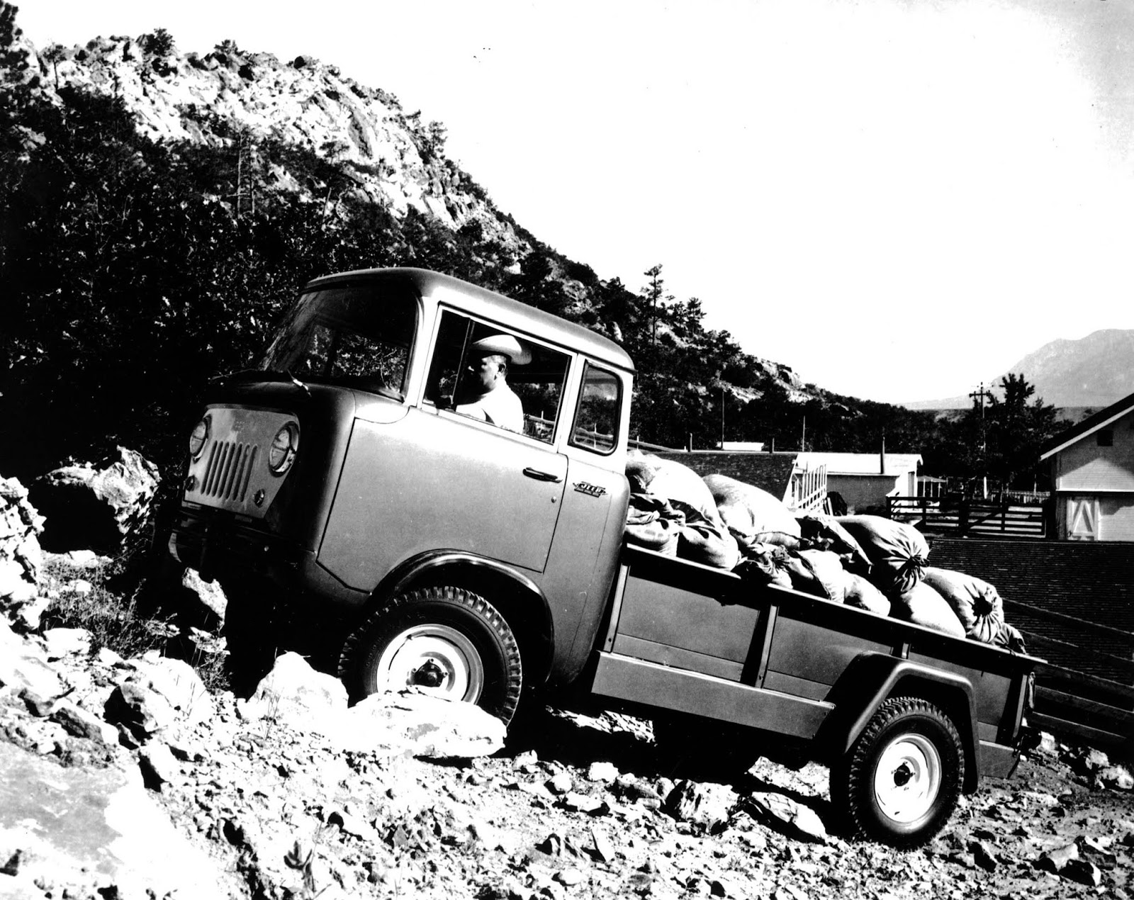1957 Jeep FC 170 To Jeep Gladiator, έρχεται να αλλάξει τα δεδομένα στην κατηγορία των pick-up Gladiator, Jeep, Jeep Gladiator, zblog, ειδήσεις