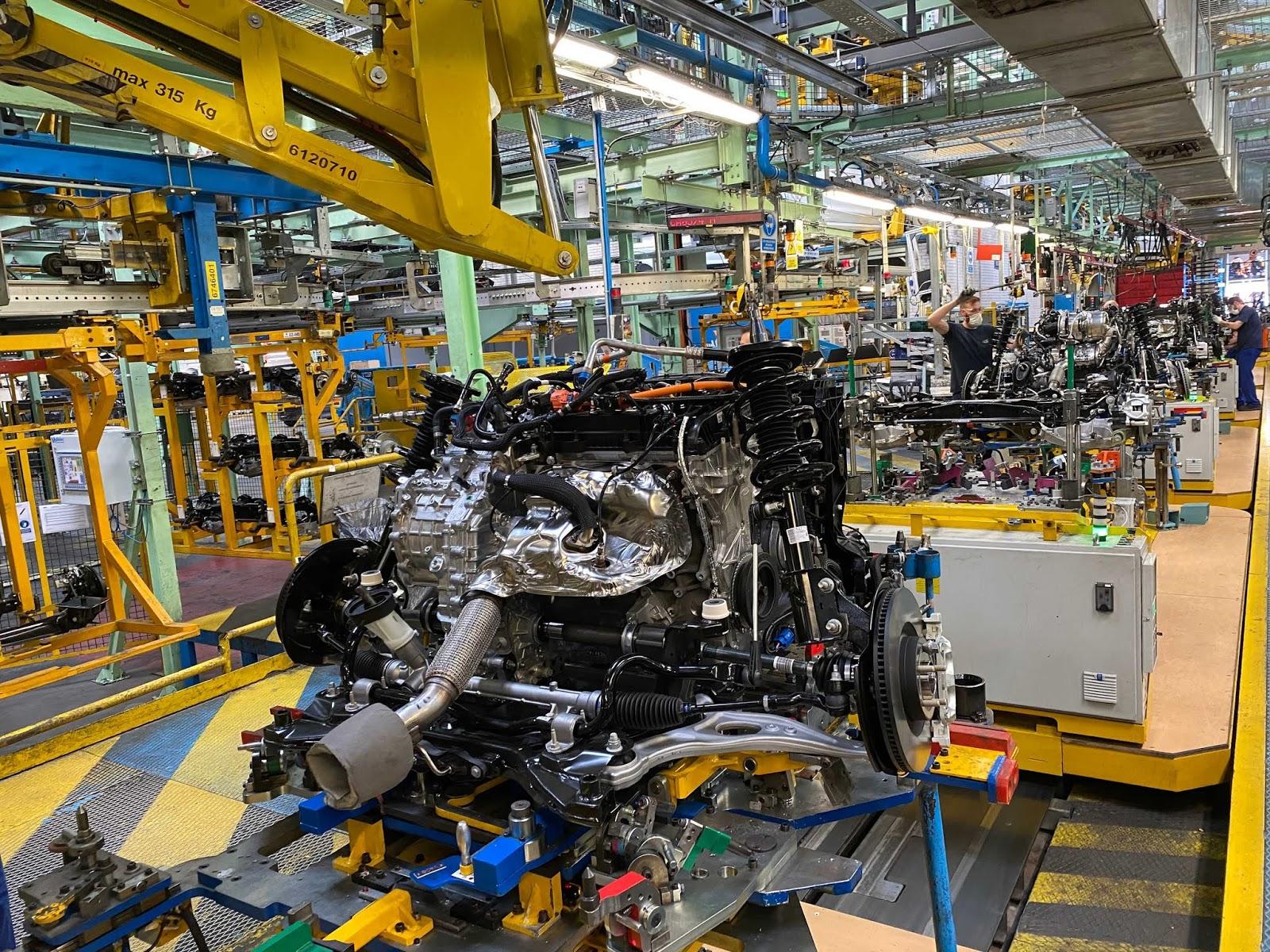 PHEV3 Ford : Νέος υβριδικός κινητήρας, αύξηση της δυναμικότητας και περαιτέρω εξέλιξη των επιβατικών μοντέλων για ένα αμιγώς ηλεκτρικό μέλλον