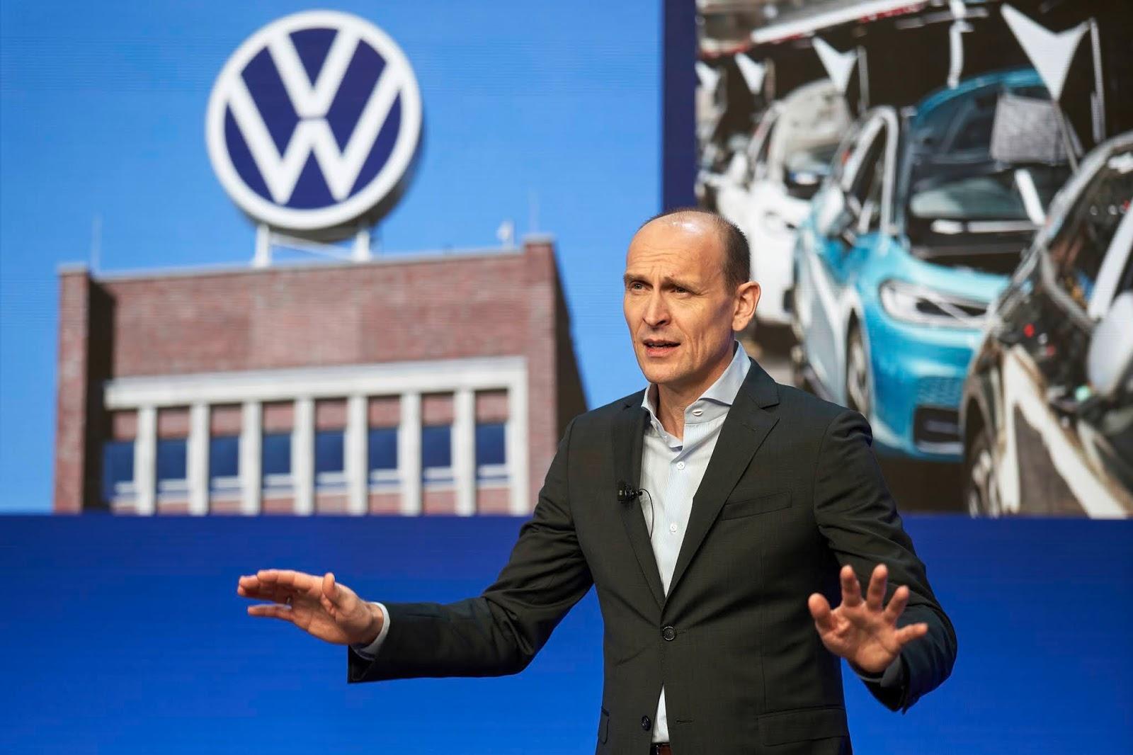 VOLKSWAGEN2B 2BRALF2BBRANDSTAETTER252C2BCEO Volkswagen : Κυρίαρχη στην ηλεκτροκίνηση το 2021 Electric cars, electric vehicles, Hybrid, plug-in hybrid, Volkswagen, zblog, ειδήσεις, ηλεκτρικά, ηλεκτροκινηση, υβριδικό