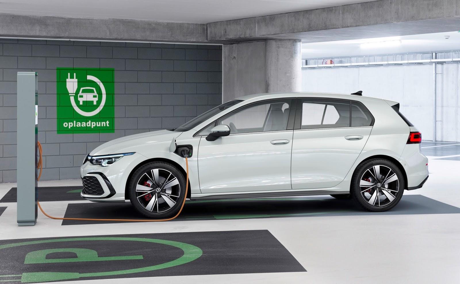 VOLKSWAGEN2BGOLF2BGTE Volkswagen : Κυρίαρχη στην ηλεκτροκίνηση το 2021 Electric cars, electric vehicles, Hybrid, plug-in hybrid, Volkswagen, zblog, ειδήσεις, ηλεκτρικά, ηλεκτροκινηση, υβριδικό