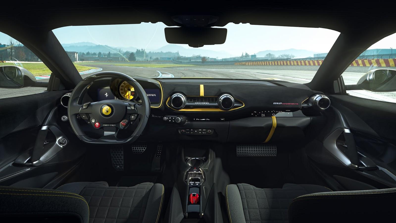 20210420 07 F152M VS interno coupe Plafoniera 1