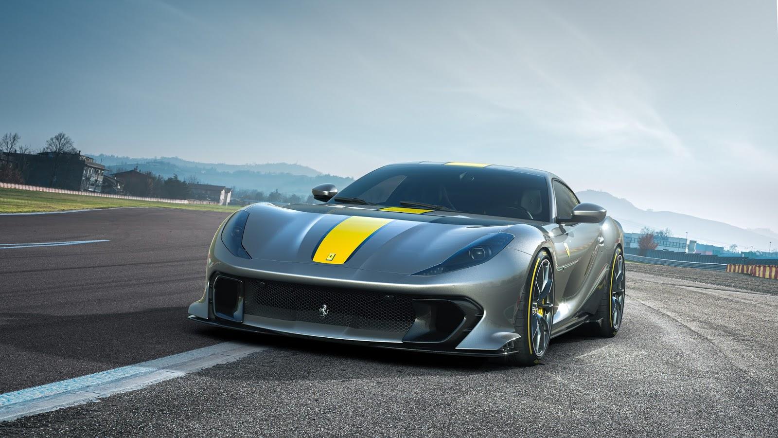 Ferrari 812 Competizione 1 1