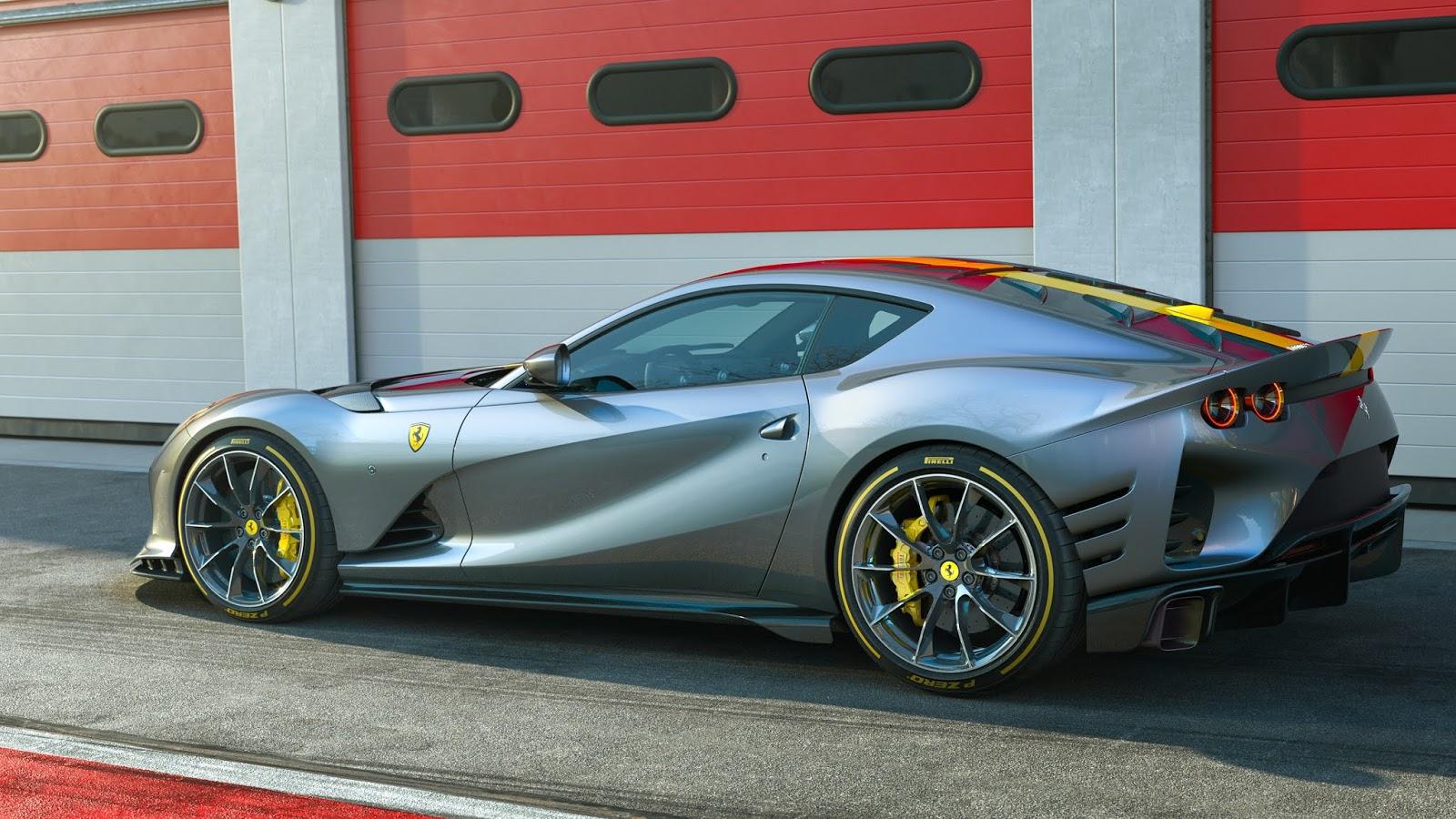 Ferrari 812 Competizione 2 1